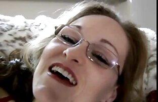 फिशर ने नदी में सेक्सी वीडियो फुल मूवी ओपन एक महिला की भूमिका निभाई